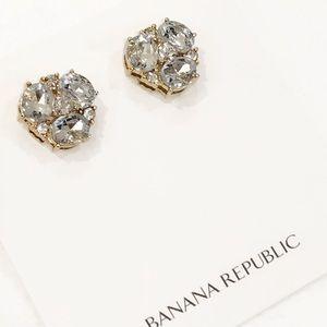 BANANA REPUBLIC clear glass CALLIE stud earrings